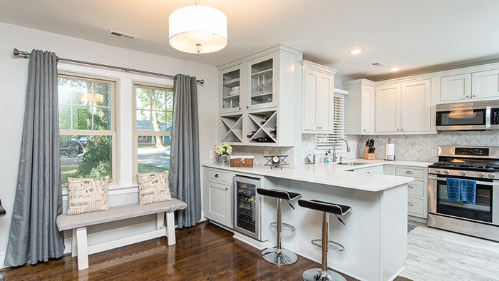 Beauty, elegance and tons of appeal in this hot Oakhurst listing