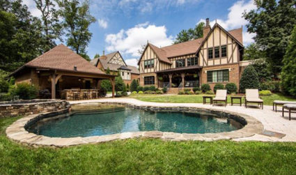 Stunning estate home in the heart of SouthPark
