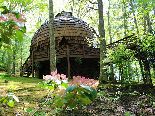 Rare geo dome huntersville home asking 625k goes under for Houses with inlaw suites for sale near me