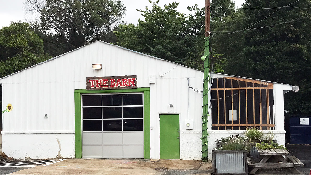 The farmers market at Plaza Midwood's Pure Pizza finally returns this weekend