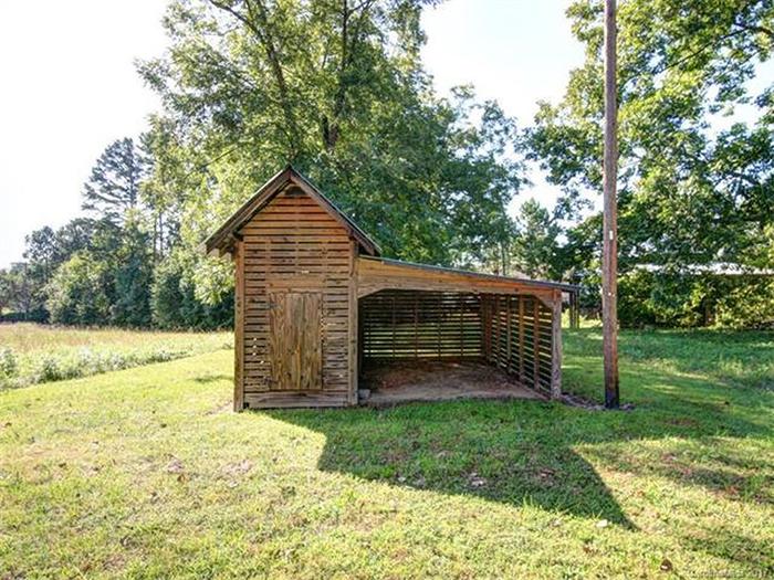farmhouse-historic-home-for-sale