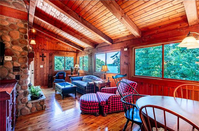 living-room-home-for-sale-by-lake