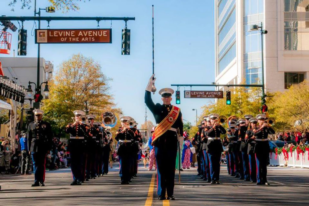 Agenda Weekender: 75+ things to do over your 4-day weekend, including Thanksgiving Eve celebrations, the region's largest parade and Small Business Saturday