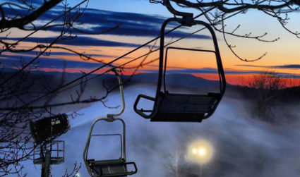 5 places to ski and snowboard within 3 hours of Charlotte perfect for a day trip, plus their lift rates, rental rates and more