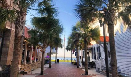 Travel guide to Beaufort, S.C.