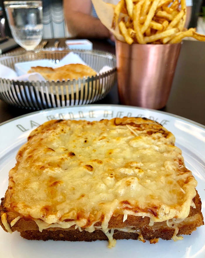 ham-and-cheese-sandwich-la-belle-helene