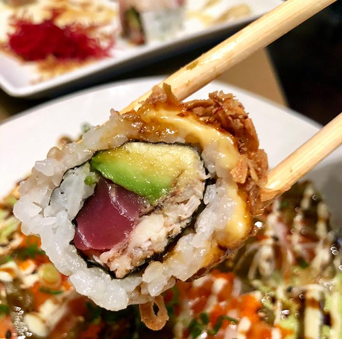 guru-roll-at-sushi-guru