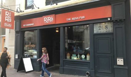 Rash of iPhone thefts hits Ri Ra Irish Pub