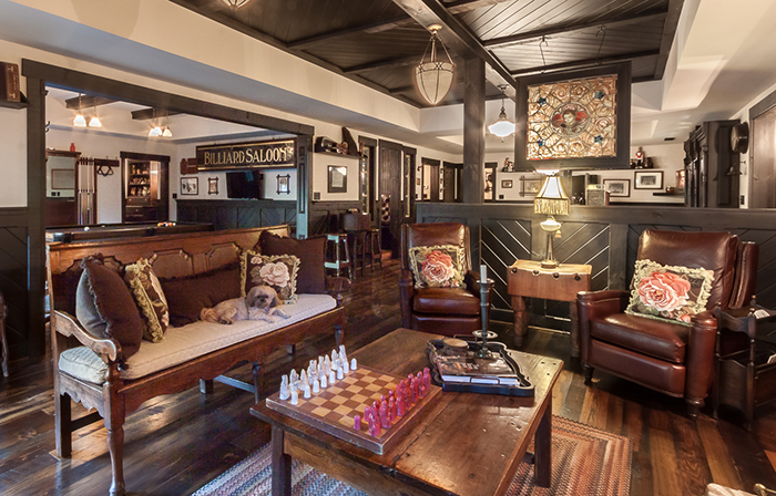 seating-at-irish-pub-home-in-charlotte