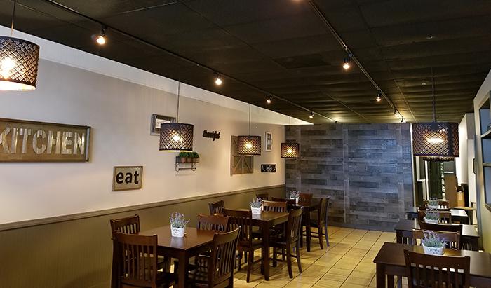 aroy-thai-charlotte-restaurant