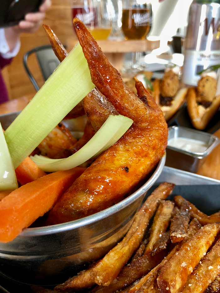 wings-at-kre8-gastropub-wooden-robot
