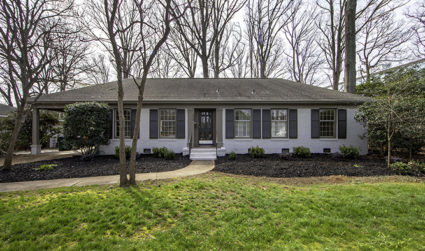 Home of the day: Move-in ready home walkable to shops and...