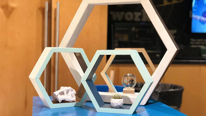 Make & Mingle: Honeycomb Shelves