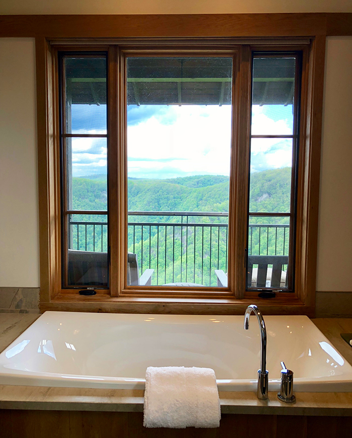 bath-in-primland-virginia-hotel-and-resort