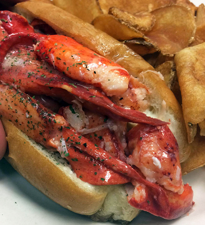 lobster-dogs-lobster-roll-charlotte-food-truck