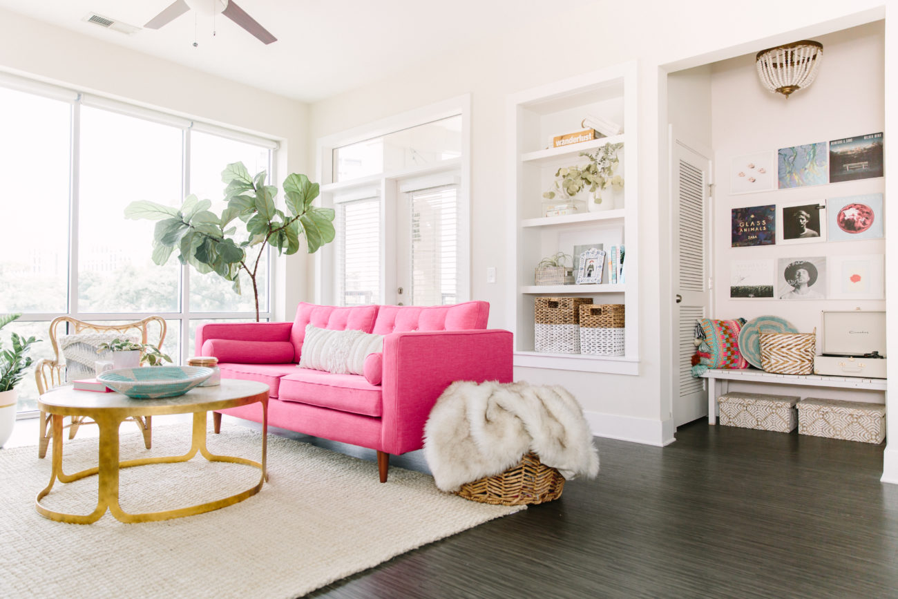 Home Tour: This fashion blogger's 765-square-foot Uptown apartment was made for Instagram