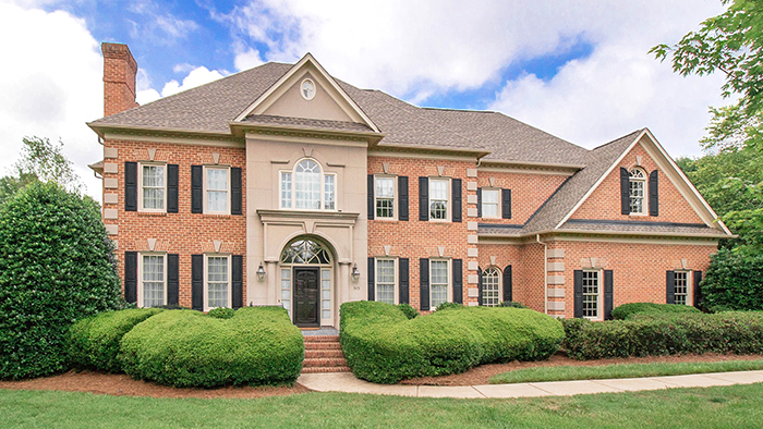 Waxhaw estate property on 3 acres