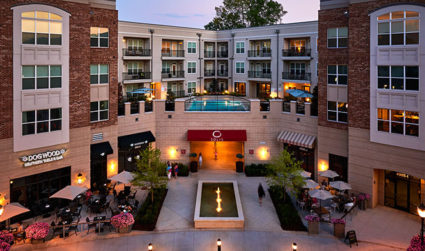 Live in one of Charlotte's best retail and dining spots at Solis SouthPark / SouthPark / Studio-2bd