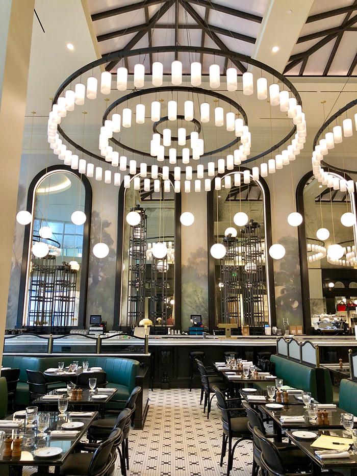 la-belle-helene-charlotte-restaurant