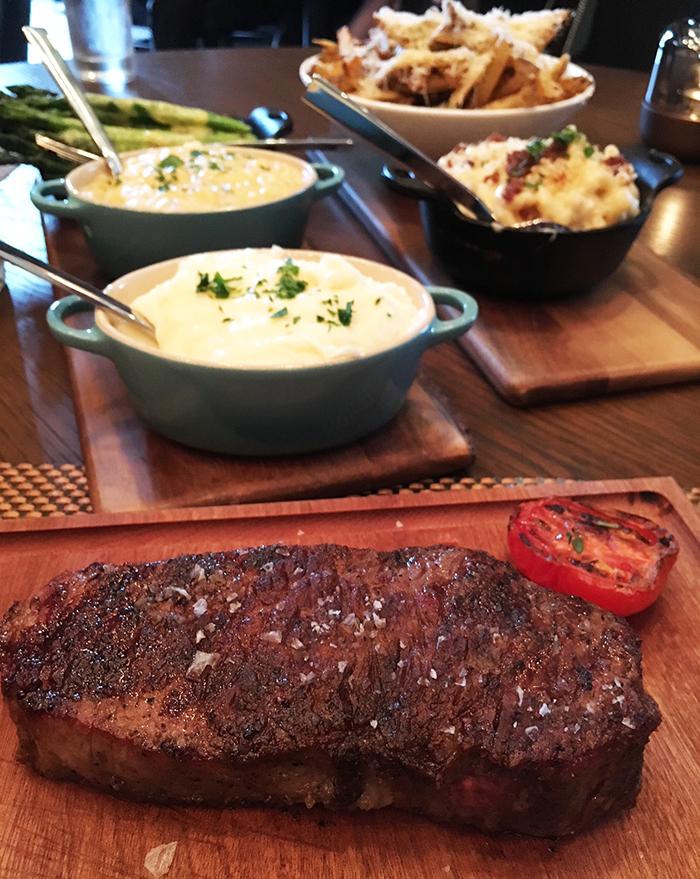 steak-at-oak-steakhouse-charlotte