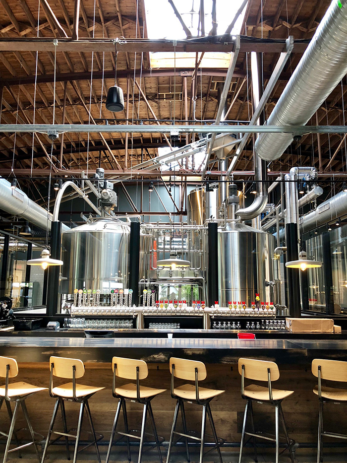 taproom-at-brewers-at-4001-yancey