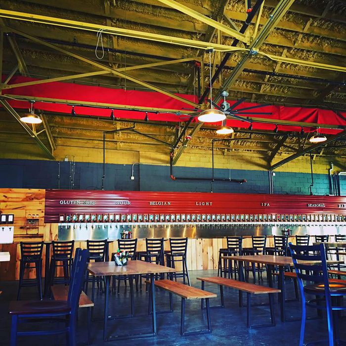 taproom-pour-charlotte-plaza-midwood