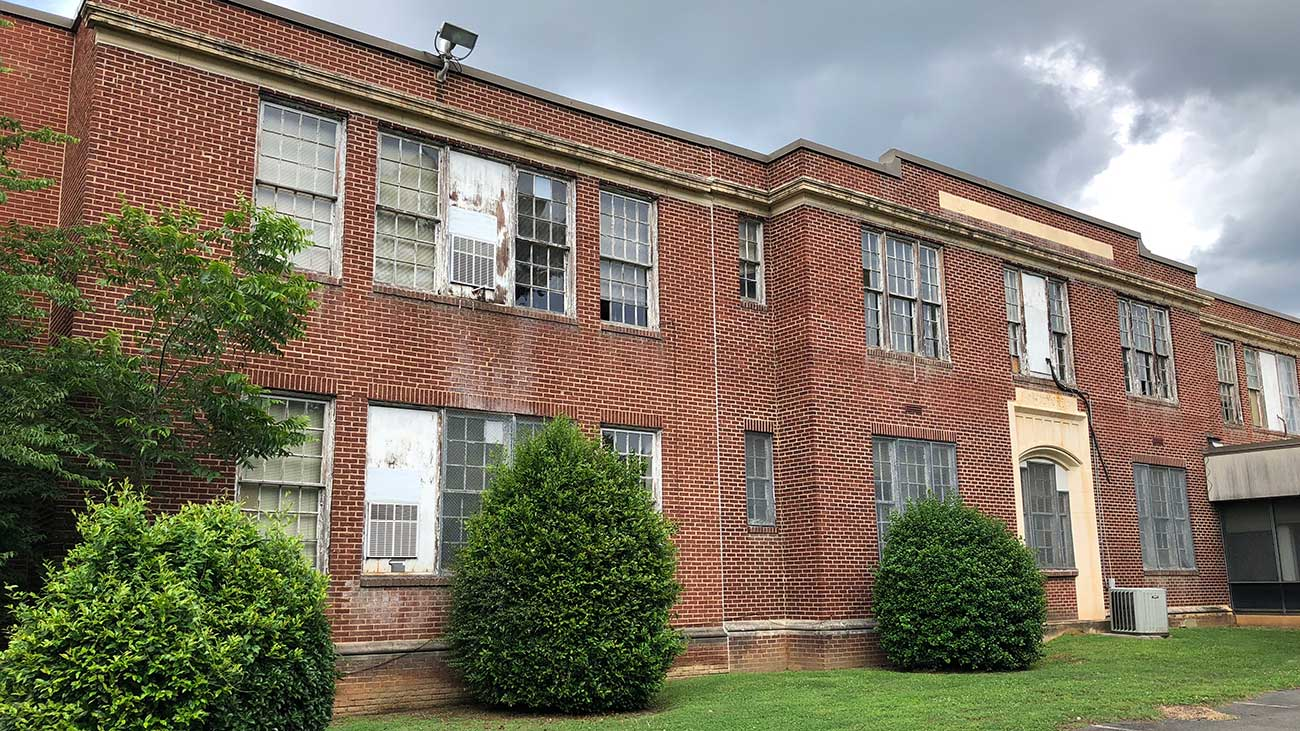 Could a historic Wilmore school become Charlotte's newest apartments?