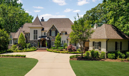 Dream custom estate on golf course