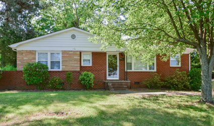 Retro brick ranch in a fantastic location