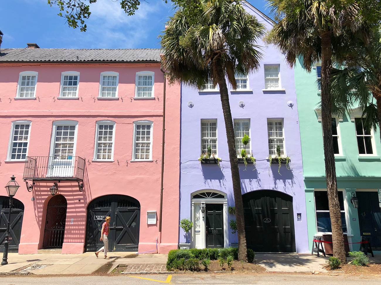 35 things to see do and eat in downtown charleston charlotte agenda. Black Bedroom Furniture Sets. Home Design Ideas