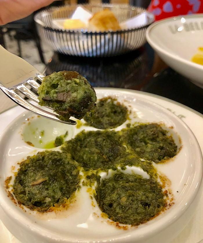 escargots-la-belle-helene-charlotte-restaurant