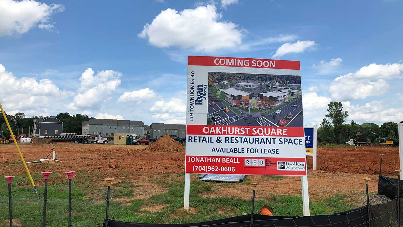 A community is developing around the Oakhurst Common Market