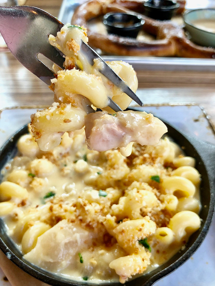 mac-and-cheese-at-legion-brewing-southpark