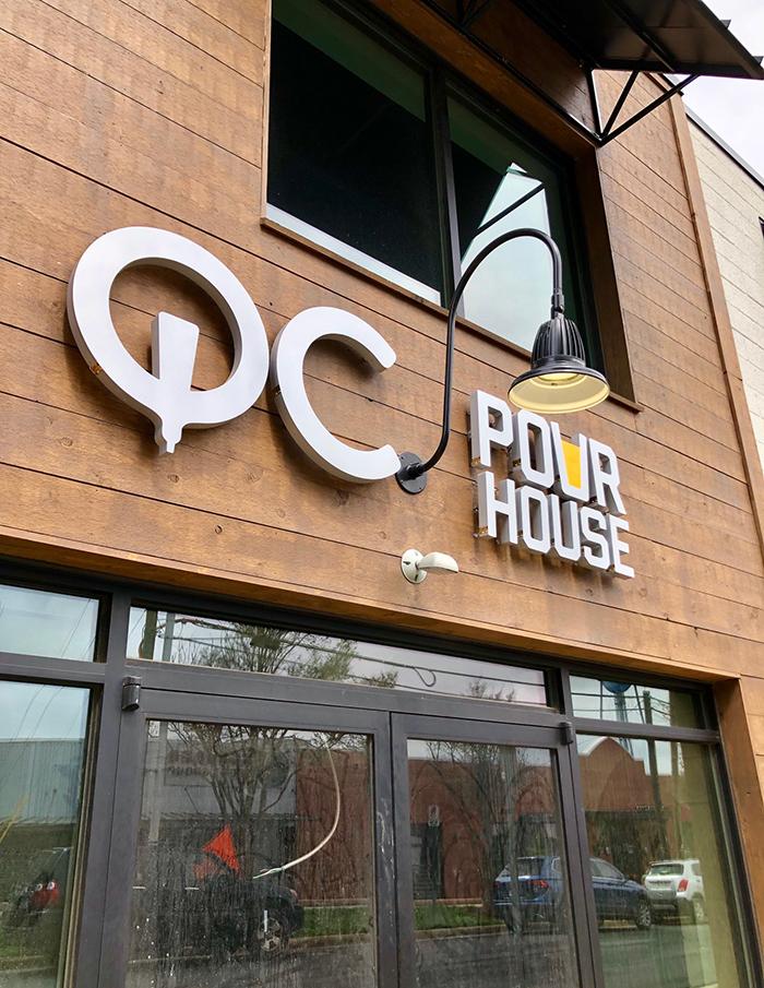 qc-pour-house-entrance