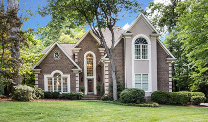 Huge home with a downstairs master and two bonus rooms