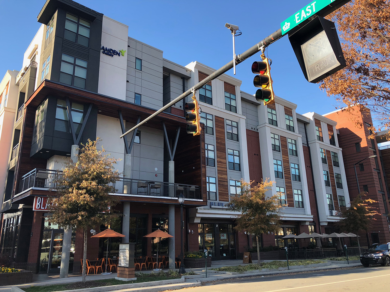 South End apartment hunting? Best studio apartments starting at $1,295 available right now