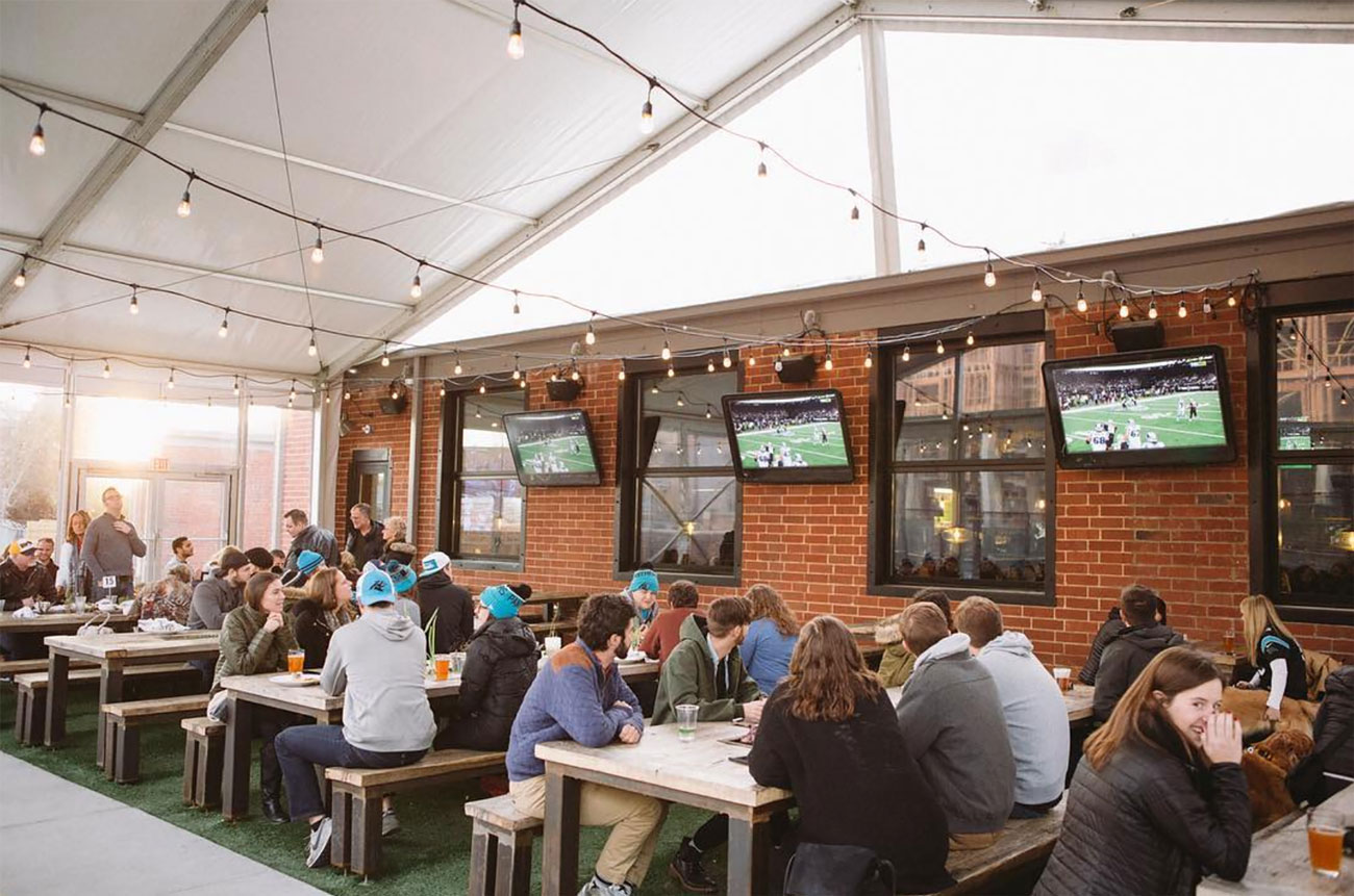 8 Charlotte bars with heated outdoor space so we can drink outside all winter