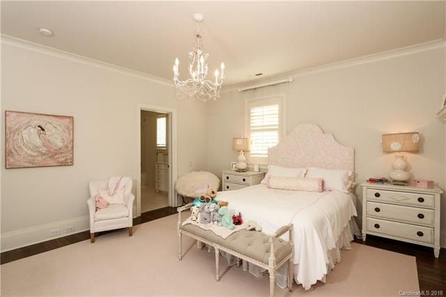 1119 Granville Road bedroom
