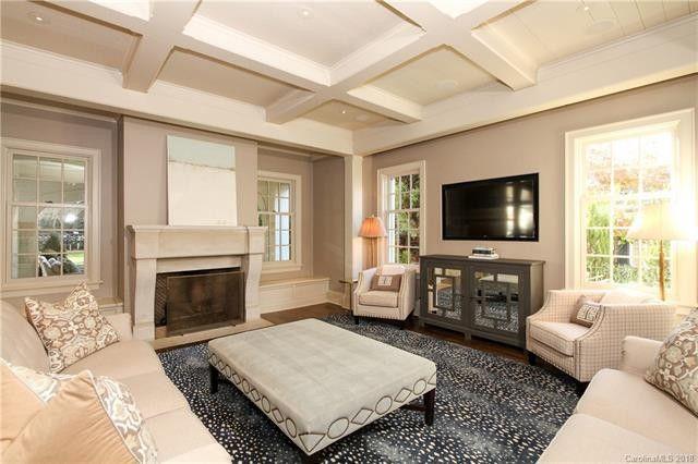 1119 Granville Road living room