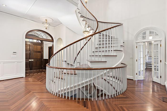 2019 Craigmore Drive spiral stairs