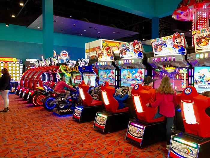 arcade-at-frankie's-fun-park
