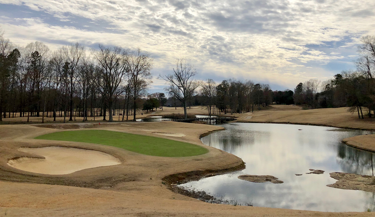 Can the Charlotte area's best cheap golf course stay alive?