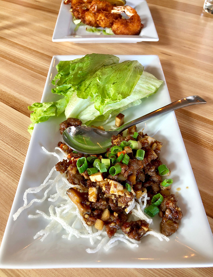lettuce-wraps-at-hawkers-charlotte