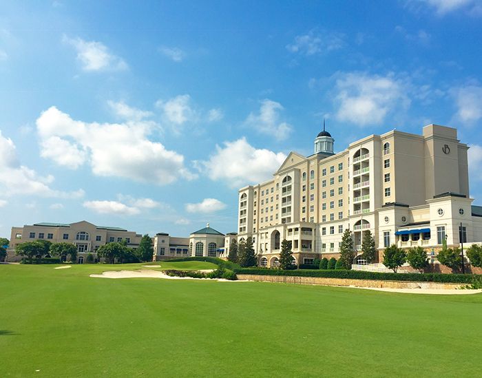 golf-course-at-ballantyne-hotel