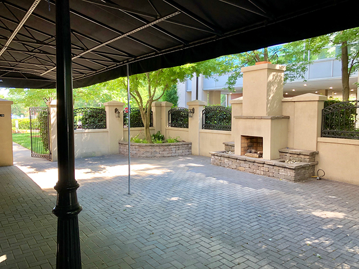 mama ricottas southpark patio