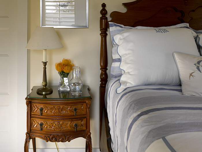 Bruce-Moffett-Home-Tour-guest-bedroom