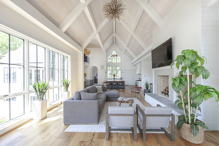 Home-of-the-Year-Finalist-2019-indoor-outdoor-setup-vaulted-ceiling