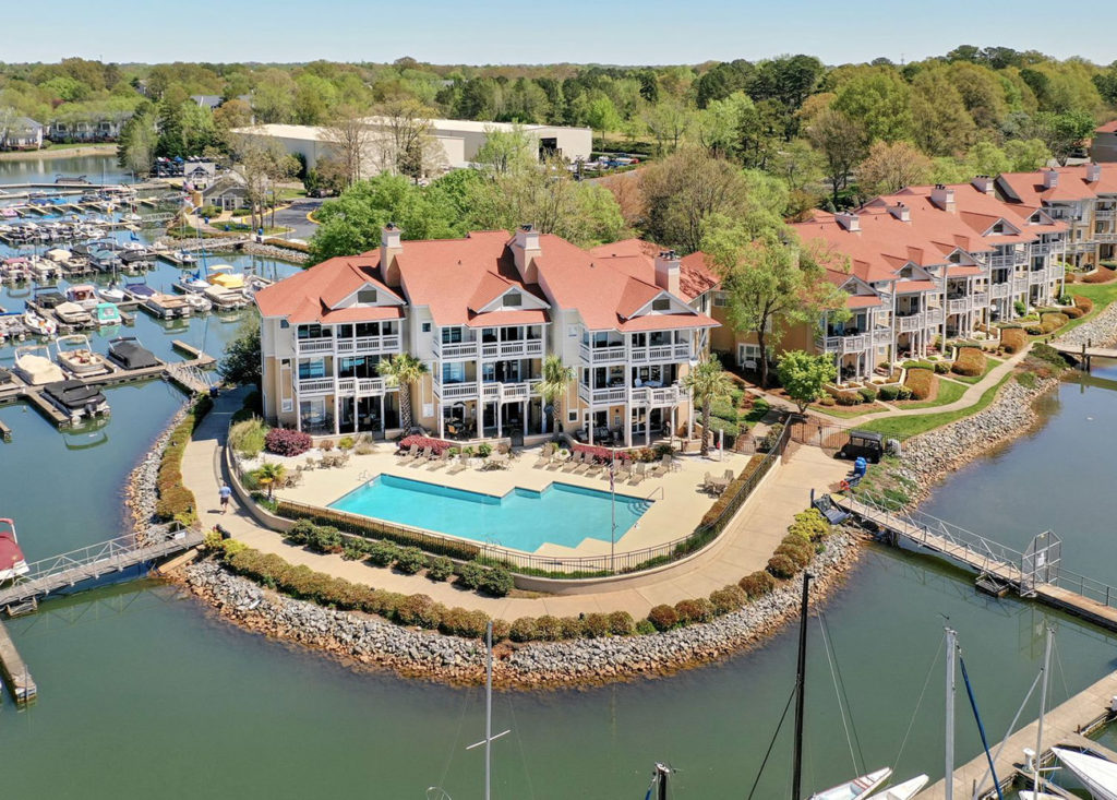 6 waterfront homes on Lake Norman — priced from $200K to $3M