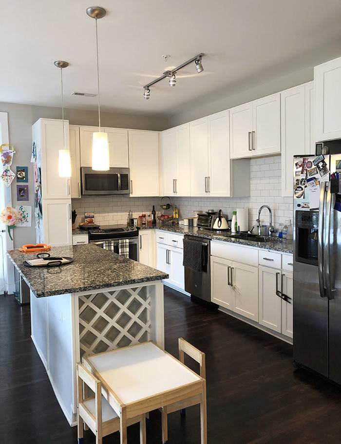 apartment kitchen berkshire dilworth charlotte