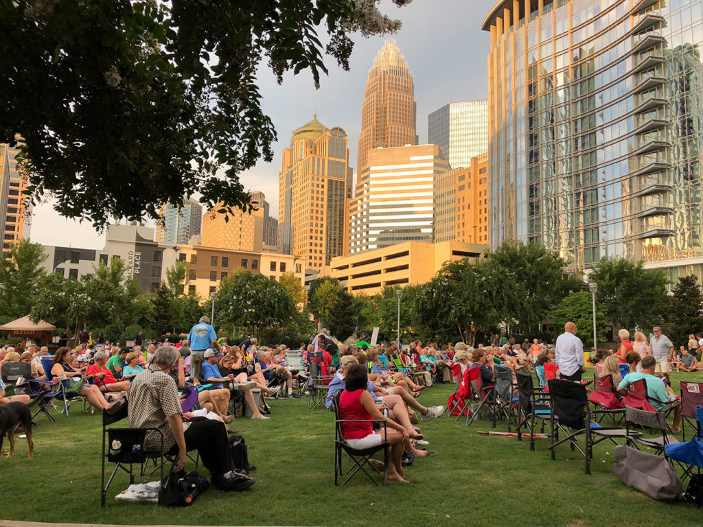 10 things to do in Uptown this summer